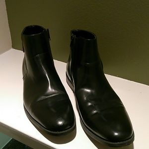 Black Kenneth Cole Unlisted boots